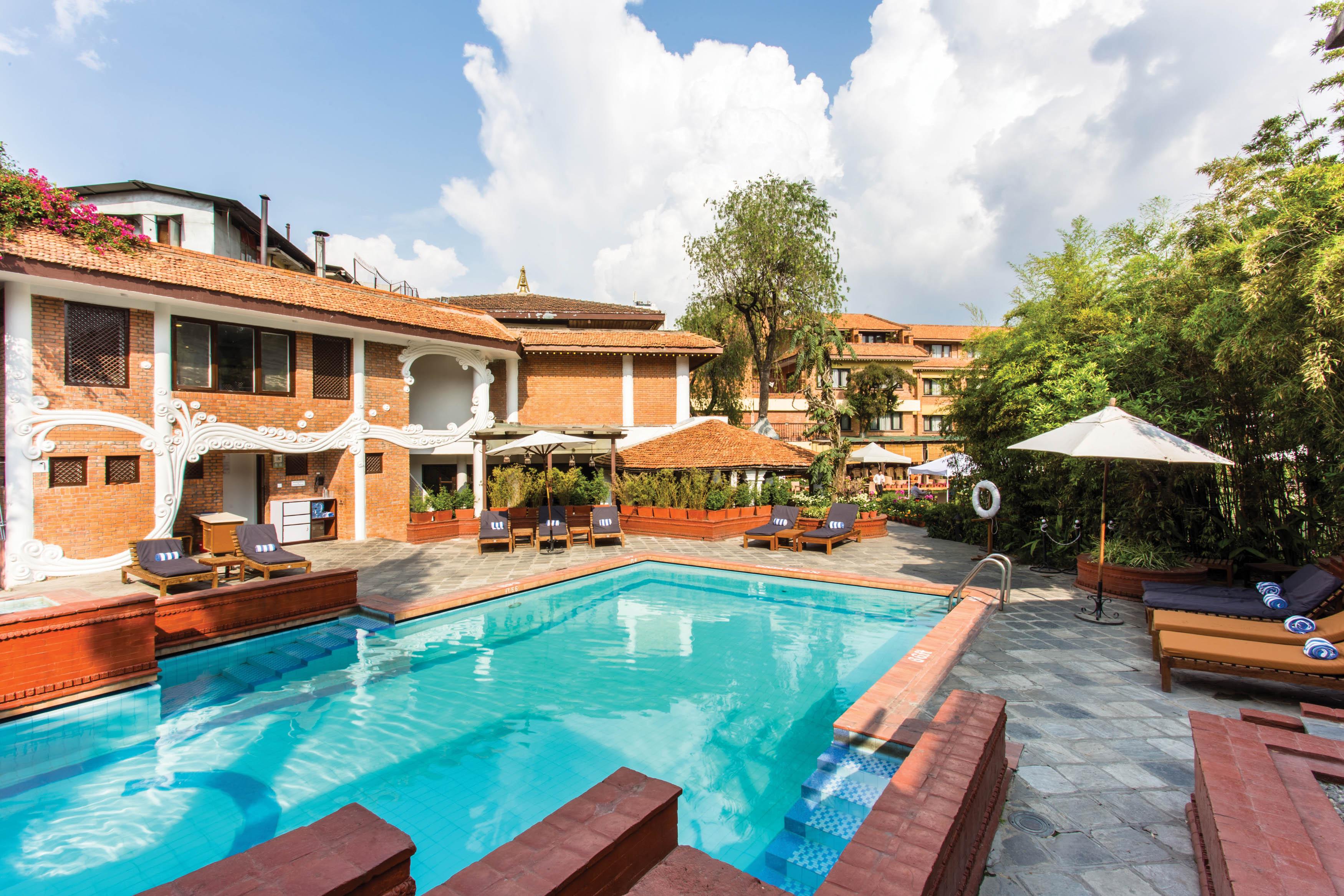 Shangri~La Hotel & Resort